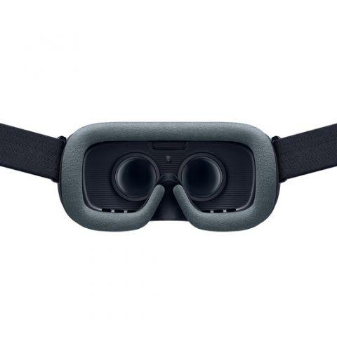 VR სათვალე Samsung Gear VR With Controller (SM-R325NZVASER) - Black